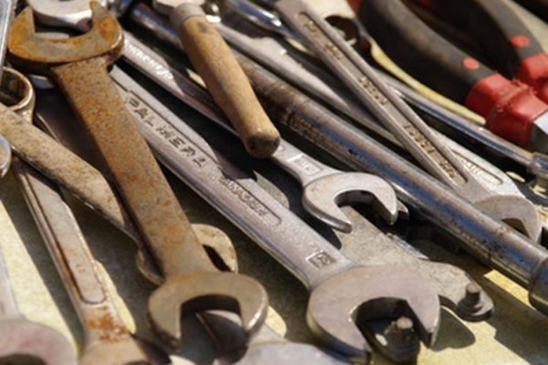 7 Ways to Restore Your Old and Rusted Power Tools